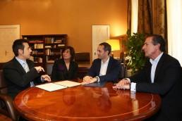 Firma del convenio en el MARQ con ASOCIDE
