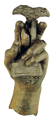 Mano de bronce de estatua de Lucentum