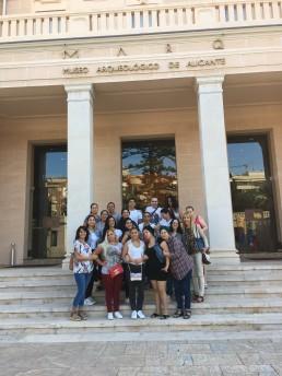 grupo de estudiantes del Aula de Alfabetización