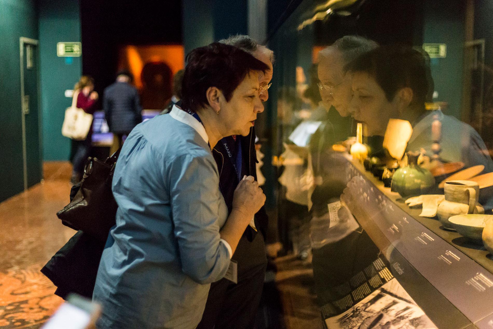 Visitas del programa Museo y Memoria contra el Alzheimer en el MARQ